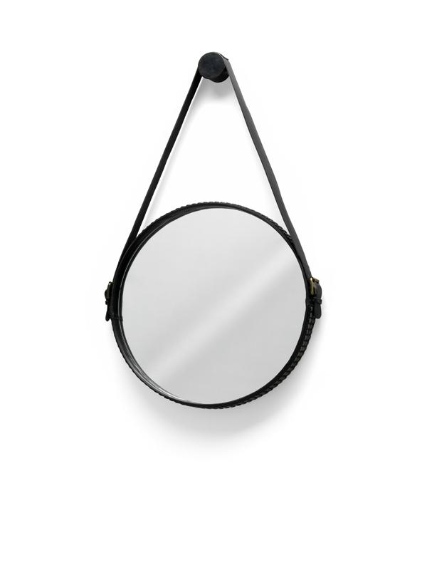 Ego_stud_mirror_01
